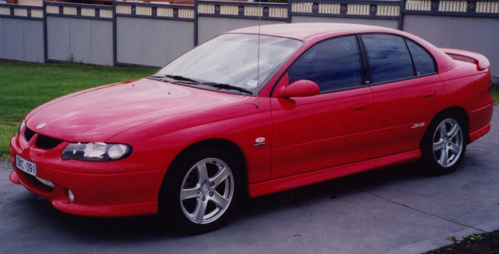 "17x8"" wheels with Bridgestone 235/45R17 Limited slip diff, ABS Brakes ..."
